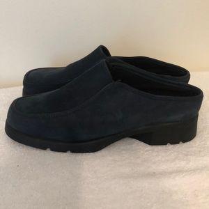 Talbots blue leather mules size 8 1/2 like new